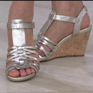 Isaac Mizrahi Wedge Sandals